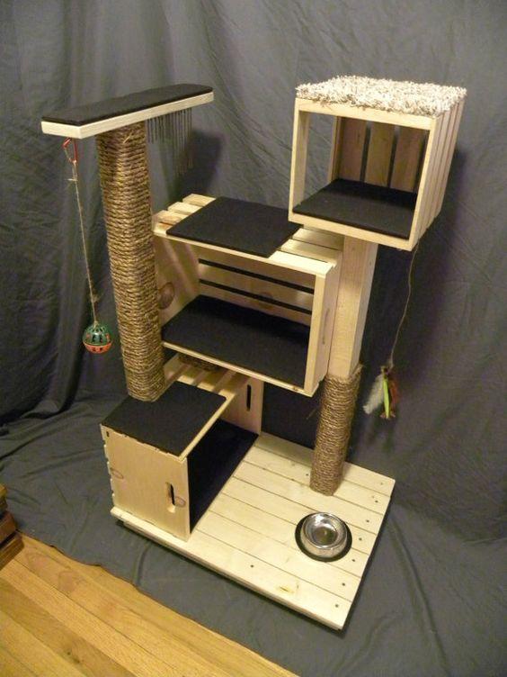 手作りキャットタワー